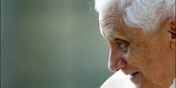 Mariage homosexuel : Le journal du Vatican s'en prend à Témoignage chrétien favorable au projet de loi gouvernemental