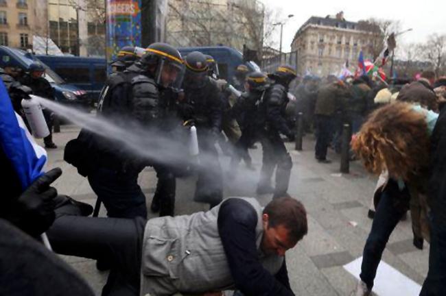 Manif pour tous: des Sociétés de Journalistes SDJ critiquent