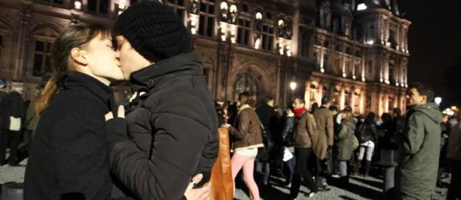 Rassemblement contre l'homophobie à Paris !