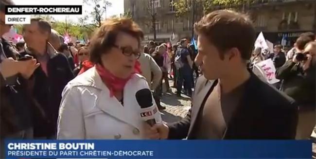 """Vidéo : Christine Boutin prise à partie par une femme lors de """"la manif pour tous"""" ce dimanche !"""