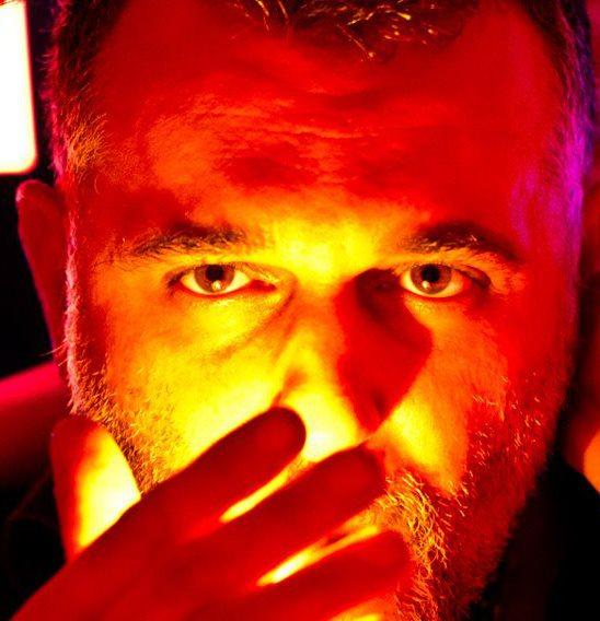 Frigide Barjot : la lettre ouverte d'Alexandre Dousson, son ami homosexuel fait le buzz sur le web !