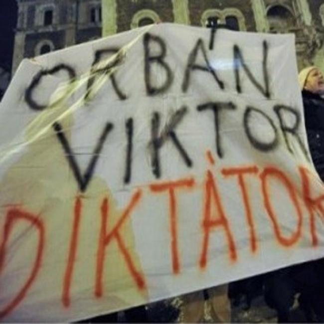Europe : Human Rights Watch demande une action de l'UE contre la Hongrie pour son non restpect des droits de l'Homme