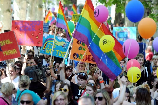 Gay Pride de Zagreb : Plusieurs milliers de personnes pour réclamer l'autorisation du mariage homosexuel