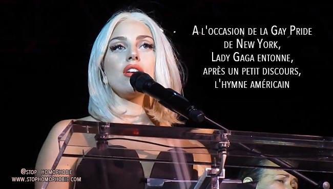 A l'occasion de la Gay Pride de New York, Lady Gaga entonne, après un petit discours, l'hymne américain