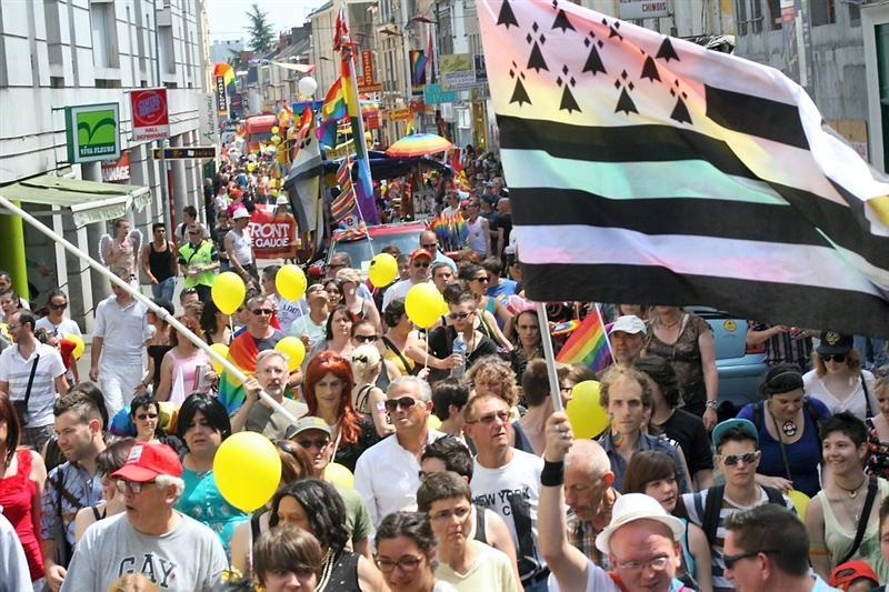 Un demi-millier de participants à la Gay pride du Mans