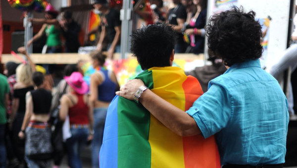 "Reykjavik pourrait rompre son jumelage avec Moscou ""anti-gay"""