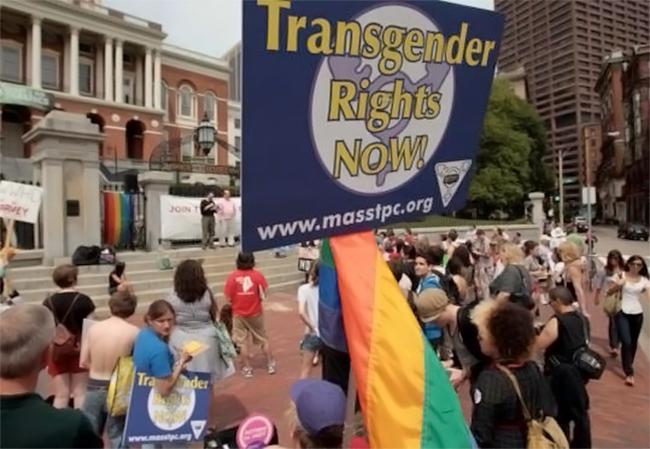 Californie: les jeunes transgenres peuvent désormais choisir leurs toilettes