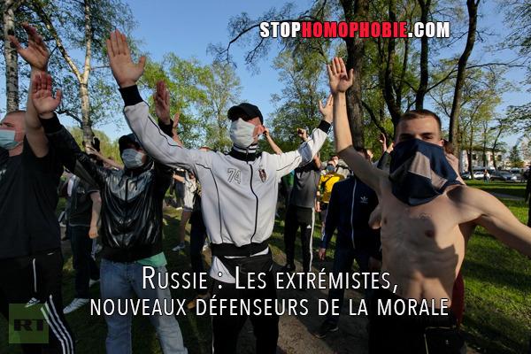 Russie : Des extrémistes, nouveaux défenseurs de la morale, agissent avec l'assentiment du pouvoir