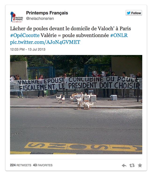 Quand #lamanifpourtous lâche des poules devant le domicile parisien de François Hollande.