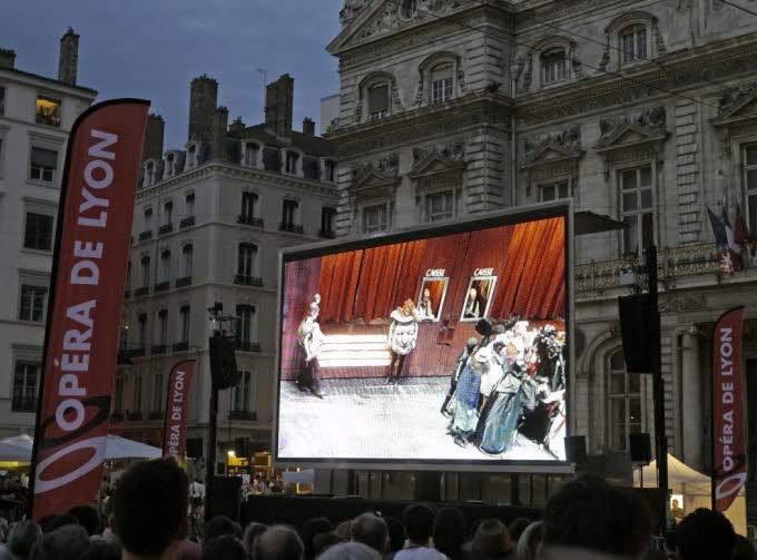 Pour une cadre UMP, « La Flûte enchantée » de Mozart conduit à la théorie du genre