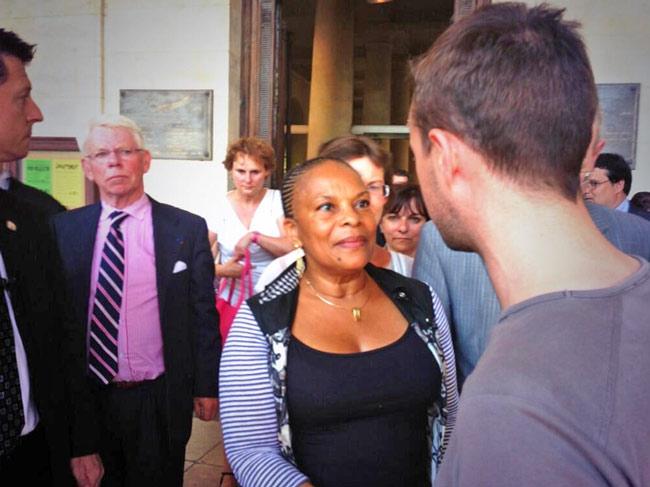 Le Centre LGBT de Normandie rencontre Christine Taubira à Caen pour la remercier