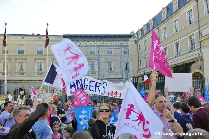Angers, la venue de ministres réveille les opposants au mariage pour tous