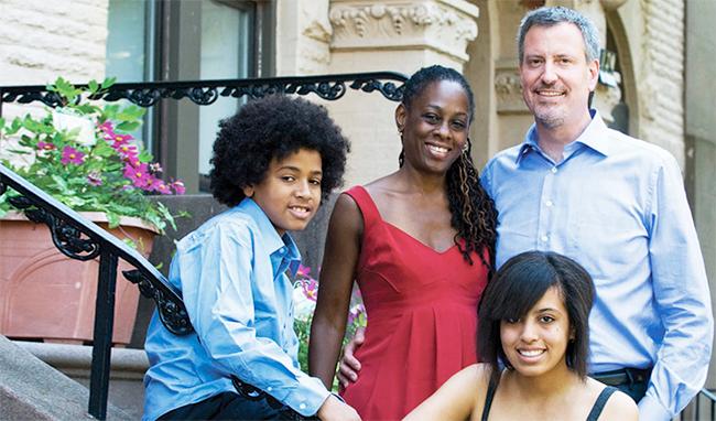 New York : Bill de Blasio, nouveau maire, promet une ville plus égalitaire