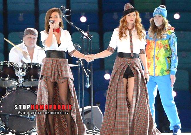VIDÉO. #Sotchi : Quand le groupe t.A.T.u participe à la cérémonie d'ouverture des JO