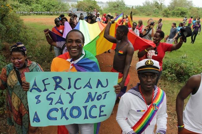 Lois anti-gay : les eurodéputés veulent sanctionner l'Ouganda et le Nigeria