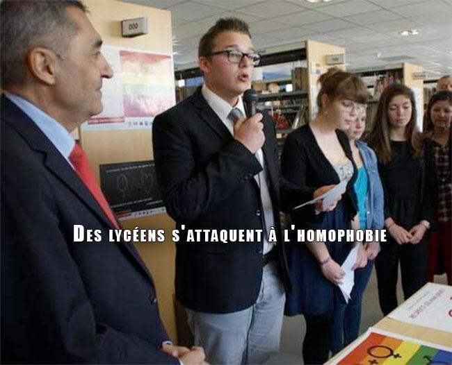 Poitiers : Des lycéens s'attaquent à l'homophobie