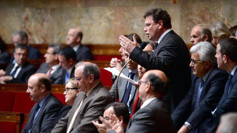 Loi famille : vifs débats entre l'UMP et le PS à l'Assemblée