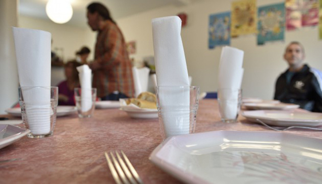 Séropositive, SDF, j'étais perdue : je m'en suis sortie grâce à une famille d'accueil