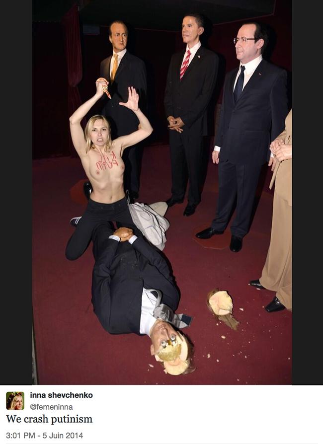 Vladimir Poutine massacré par une Femen au musée Grévin