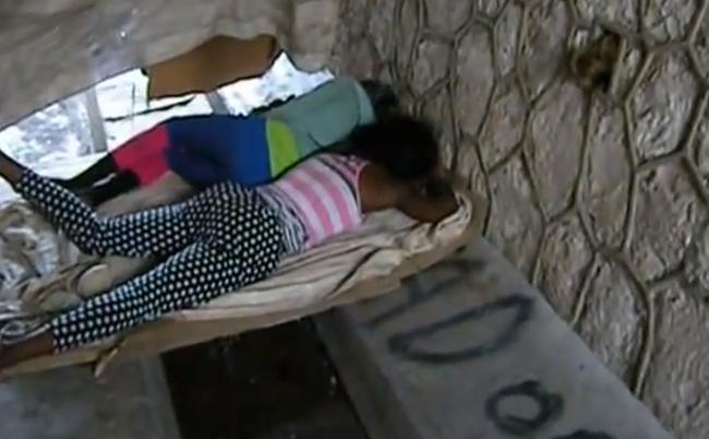 VIDEO : SDF et persécutés, en Jamaïque, les homosexuels sombrent souvent dans le désespoir