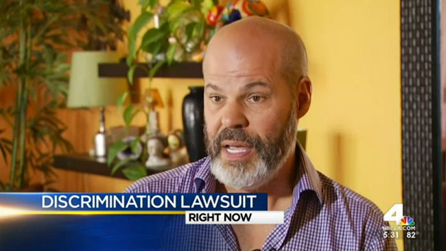 """Homophobie invalidante : Il poursuit en justice le médecin qui avait diagnostiqué son homosexualité en tant """"maladie chronique"""""""