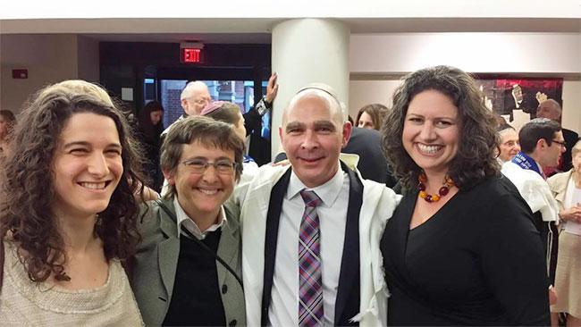 Israël : Mikie Goldstein, 49 ans, premier rabbin homosexuel du mouvement religieux conservateur