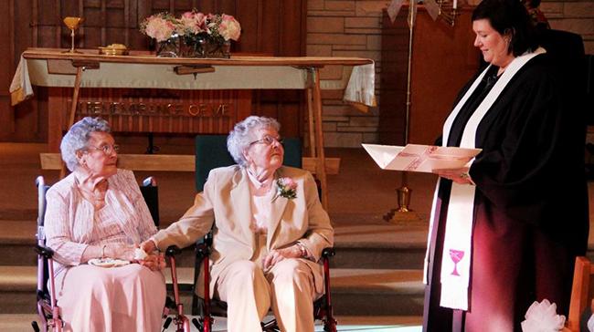Émotion dans l'Iowa : Vivian et Alice ont échangé leurs vœux, après 72 ans de vie commune