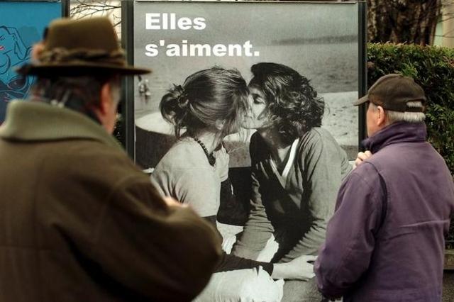 Discrimination : L'homophobie ne devrait pas être combattue en Suisse au même titre que le racisme