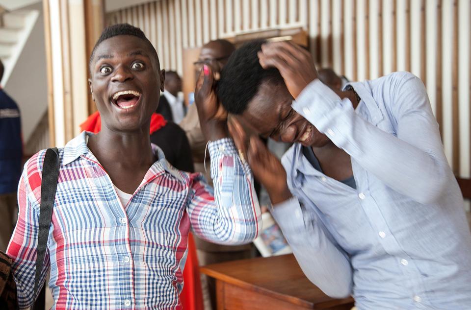 """Ouganda : Les poursuites contre Kim Mukisa et Jackson Mukasa pour """"relations homosexuelles"""" abandonnées"""