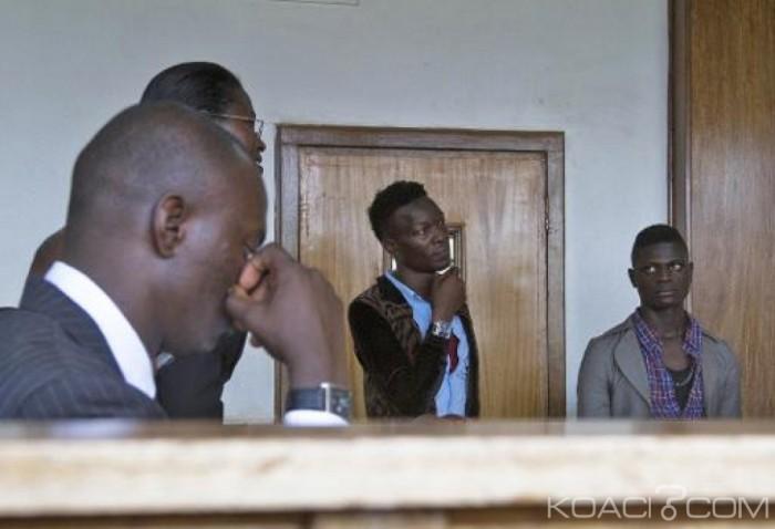 """Ouganda : Deux amis qui assurent s'aimer """"comme des frères"""" devant la justice pour """"homosexualité"""""""