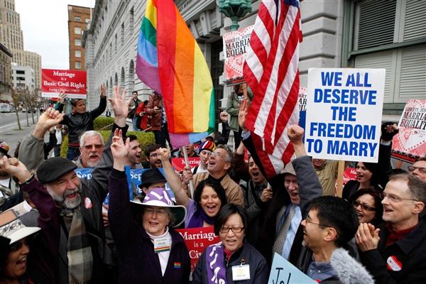 Vidéo. En savoir plus : Le mariage entre personnes de même sexe gagne du terrain aux États-Unis