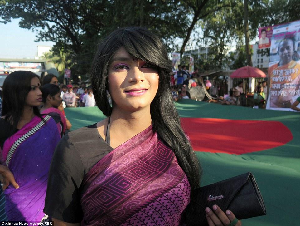Fierté LGBT : Première marche des transgenres au Bangladesh