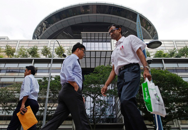 Un tribunal de Singapour approuve une loi discriminatoire qui criminalise les relations sexuelles entre personnes de même sexe
