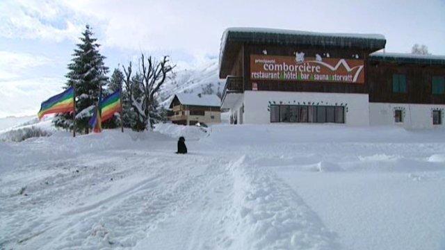 Vidéo. Toussuire en Savoie : la propriétaire d'un hôtel d'altitude 100% gay dénonce les propos de Sarkozy