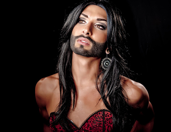 People : Conchita Wurst ne se voit pas finir en « vieille drag queen »