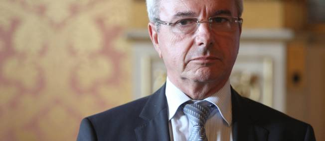 Quand le député UMP Jean Leonetti surenchérit sur l'interdiction de la GPA
