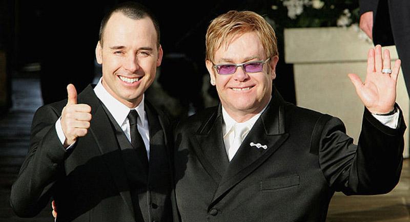 Sir Elton John va épouser ce dimanche en Angleterre son compagnon de longue date, David Furnish