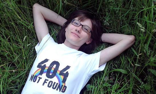 """Russie : La fondatrice du site """"Deti-404"""" qui soutient les ados LGBT, reconnue coupable de «propagande»"""