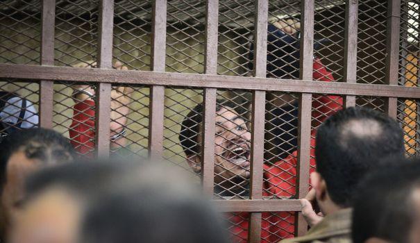 """Le Caire - La justice égyptienne acquitte les 26 hommes accusés d'""""orgies homosexuelles"""""""