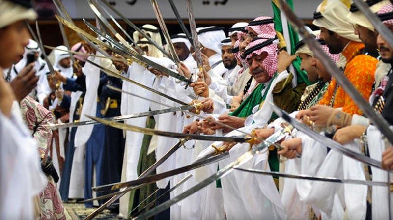 Des saoudiens emprisonnés pour avoir dansé : Un comportement «pouvant mener à de l'homosexualité»