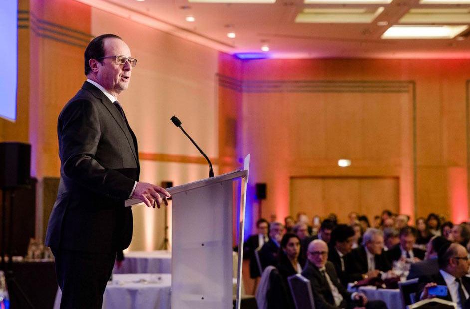 François Hollande au dîner du CRIF a condamné la « lèpre » qu'est l'antisémitisme, le racisme et l'homophobie