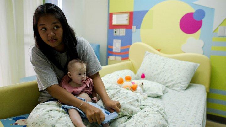 En Thaïlande, le recours à une mère porteuse interdit aux étrangers et aux couples homosexuels