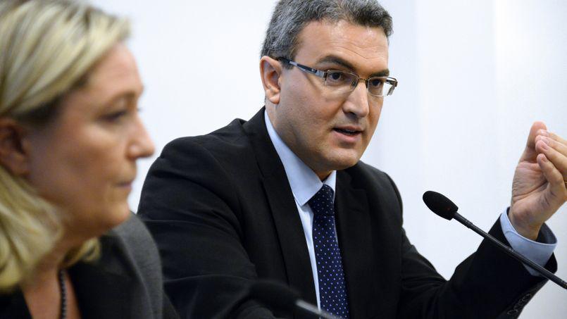 Aymeric Chauprade, eurodéputé FN, dénonce «la diffusion du poison LGBT» par l'UE