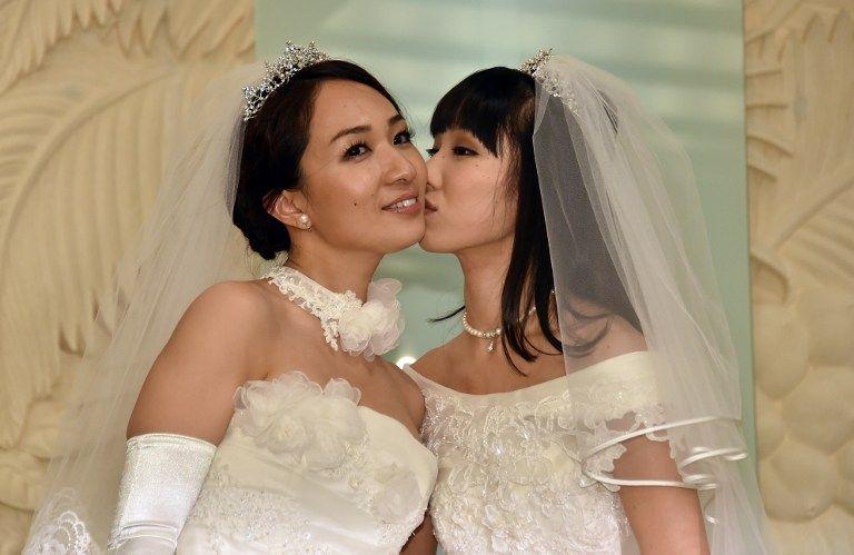 Au Japon, un mariage people et militant en plein débat sur l'égalité des droits