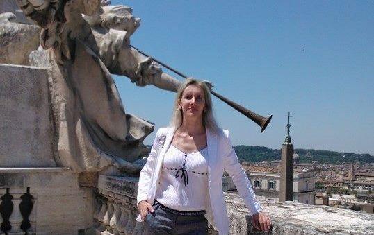 """Italie : Un couple gagne sa bataille juridique pour """"rester marié"""" malgré un changement de sexe"""