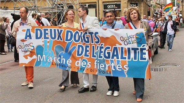 Le maire de Metz, Dominique Gros, retire son soutien à l'organisation de la marche des fiertés