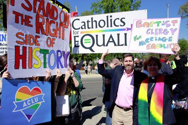 """Droit constitutionnel : La Cour Suprême divisée sur le """"mariage homosexuel"""""""