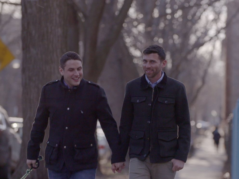 """Propagande homosexuelle"" : La vidéo de campagne d'Hillary Clinton interdite aux mineurs en Russie (Vidéos)"