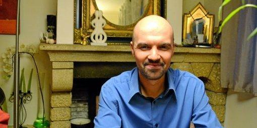 Don du sang des homosexuels : Alexandre Marcel soulagé par la levée de l'interdiction permanente