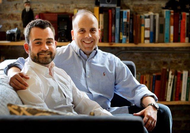 Un couple gay devant la Cour suprême pour réclamer la légalisation de leur mariage à travers tous les Etats-Unis
